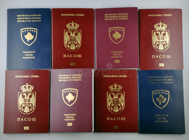 Passeport de Kosovo Serbie images stock