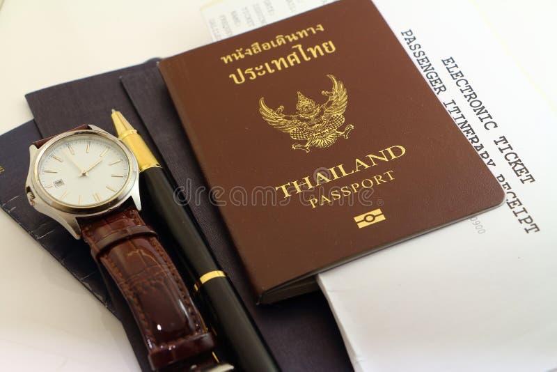 Passeport et affaires de voyage image libre de droits