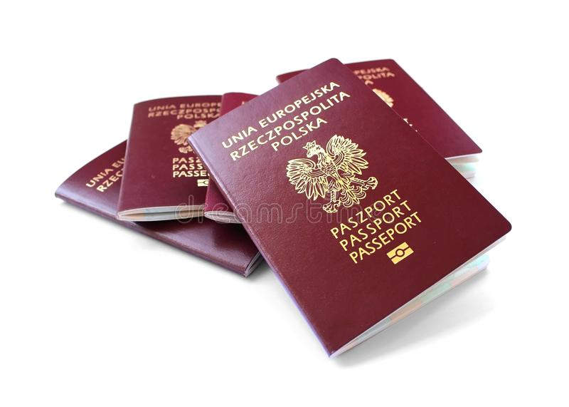 Passeports d'Union européenne d'isolement sur le blanc photos libres de droits