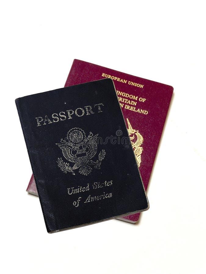Passeports duels images libres de droits