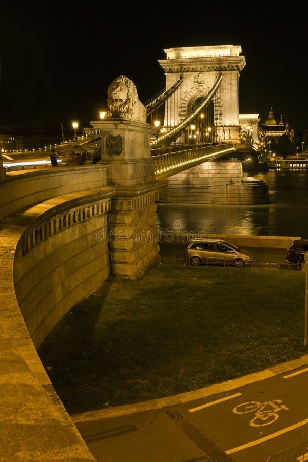 Passerelle à chaînes de Szechenyi à Budapest image libre de droits