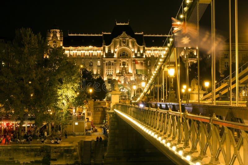Passerelle à chaînes de Szechenyi à Budapest images libres de droits