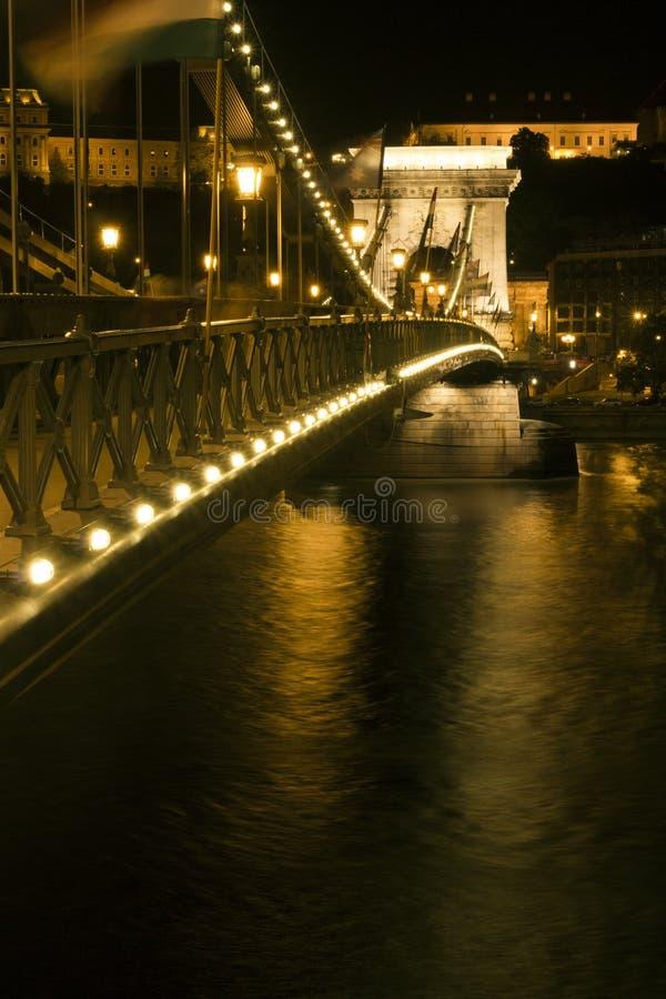 Passerelle à chaînes de Szechenyi à Budapest photos stock