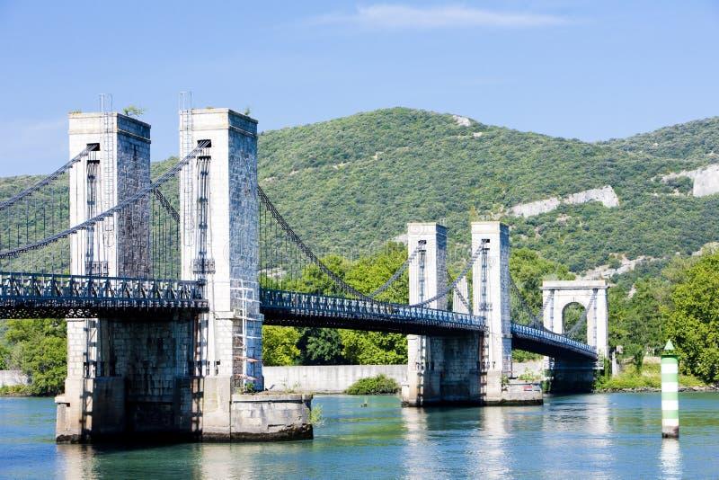 Passerelle au-dessus de fleuve de Rhône image libre de droits