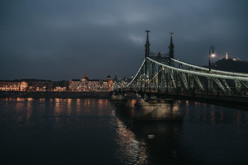 Passerelle Budapest de liberté image stock
