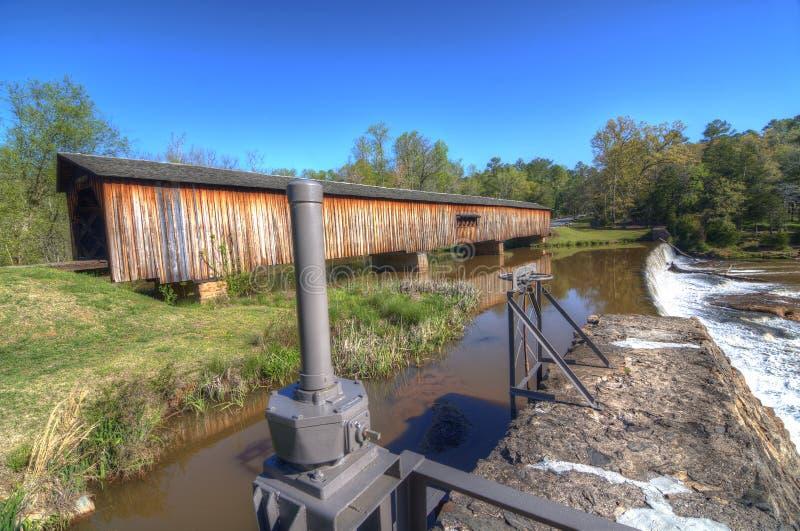 Passerelle couverte de moulin de Watson photo libre de droits