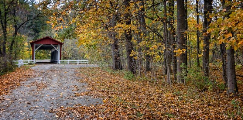 Passerelle couverte de route d'Everett photographie stock