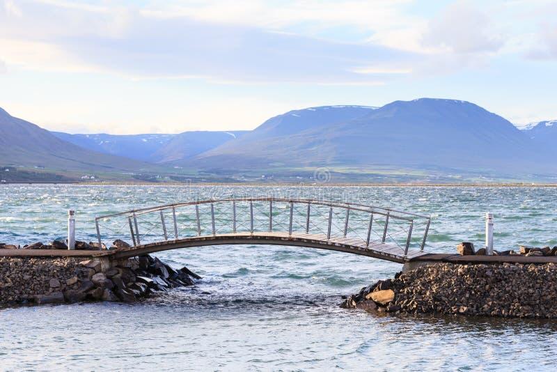 Passerelle d'Akureyri photographie stock libre de droits