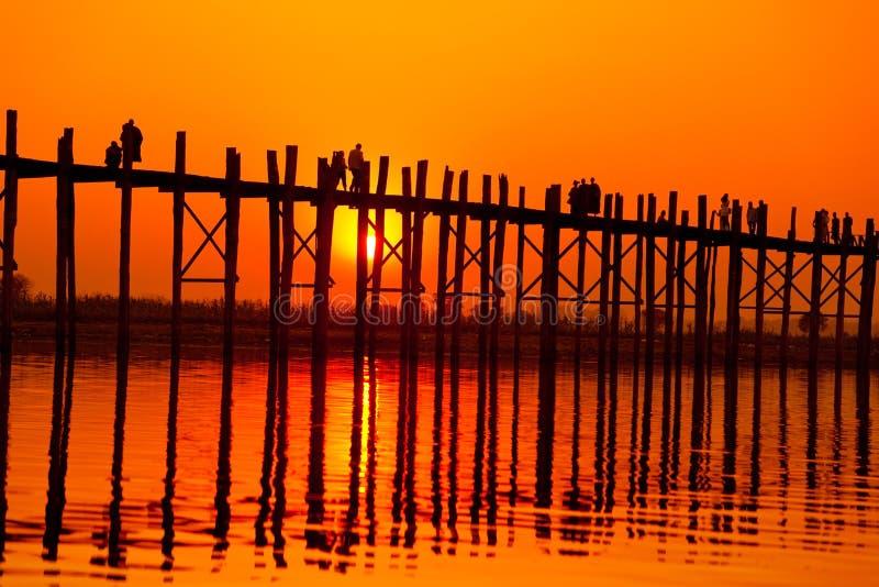 Passerelle d'U Bein, Mandalay, Myanmar images libres de droits