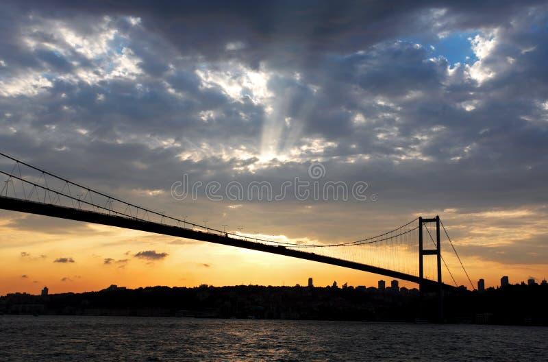 Passerelle de Bosporus à Istanbul photo stock
