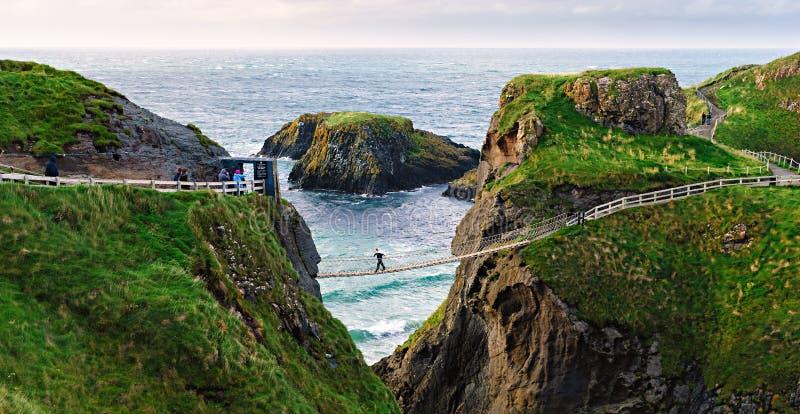 Passerelle de corde de Carrick-a-Rede, Irlande du Nord photos libres de droits