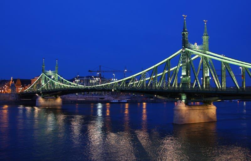 Passerelle de liberté à Budapest photo stock