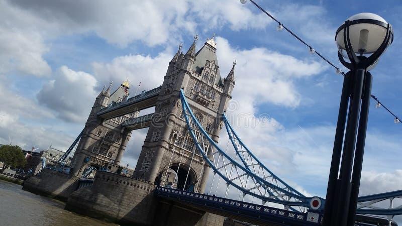 Passerelle de Londres image libre de droits