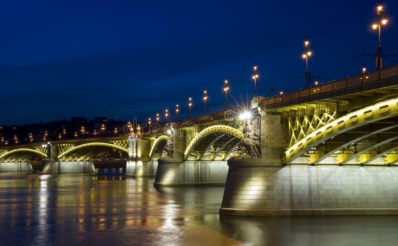 Passerelle de Margaret, Budapest image stock