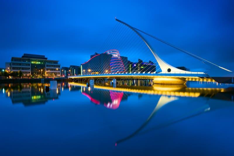 Passerelle de Samuel Beckett à Dublin, Irlande photos libres de droits