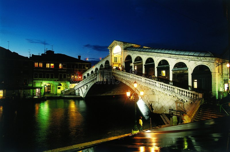 Passerelle de Venise Rialto photo stock