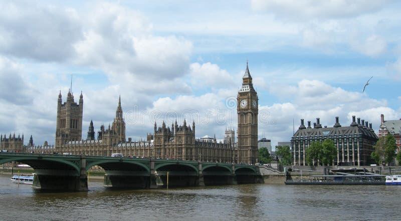 Passerelle de Westminster à Londres R-U photos stock