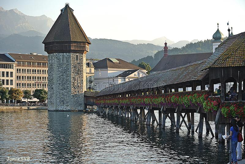 Passerelle Luzerne Suisse de chapelle photographie stock