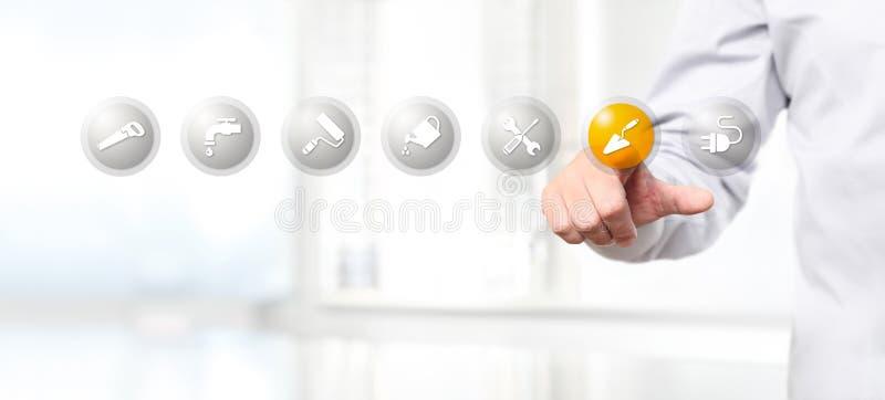 Passi la spinta su un'icona di simbolo della muratura dell'interfaccia del touch screen, noi royalty illustrazione gratis