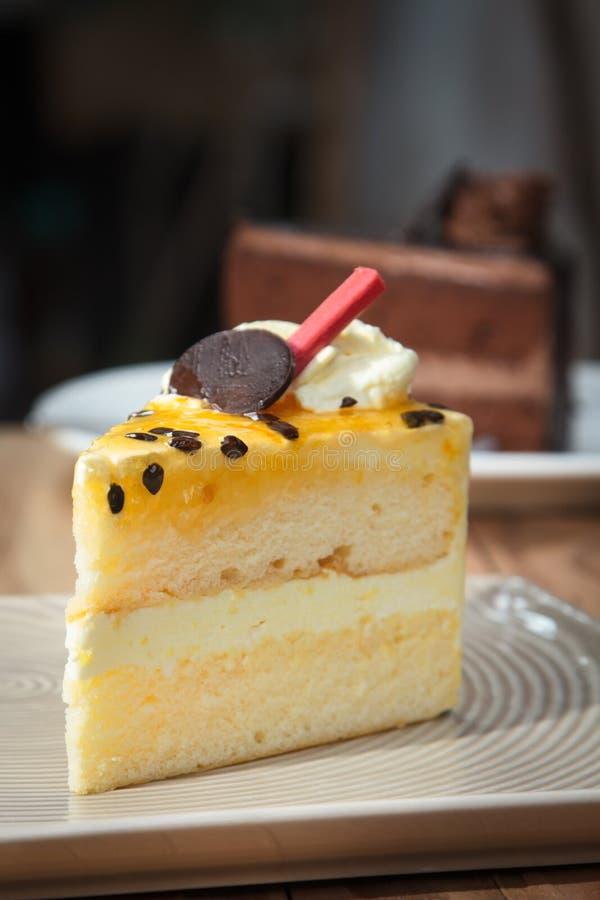 Passievruchtcake stock foto