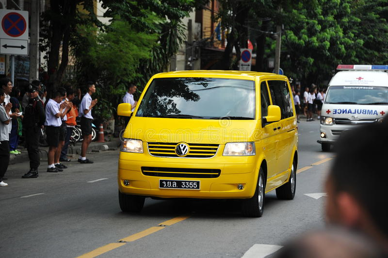 Download Passing Of The Thai Sumpreme Patriarch Editorial Stock Image - Image of hearse, crowd: 34685189