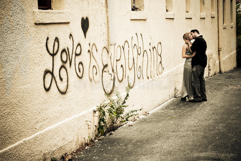 Download Passionate Kiss In The Alley Stock Photo - Image: 17298830
