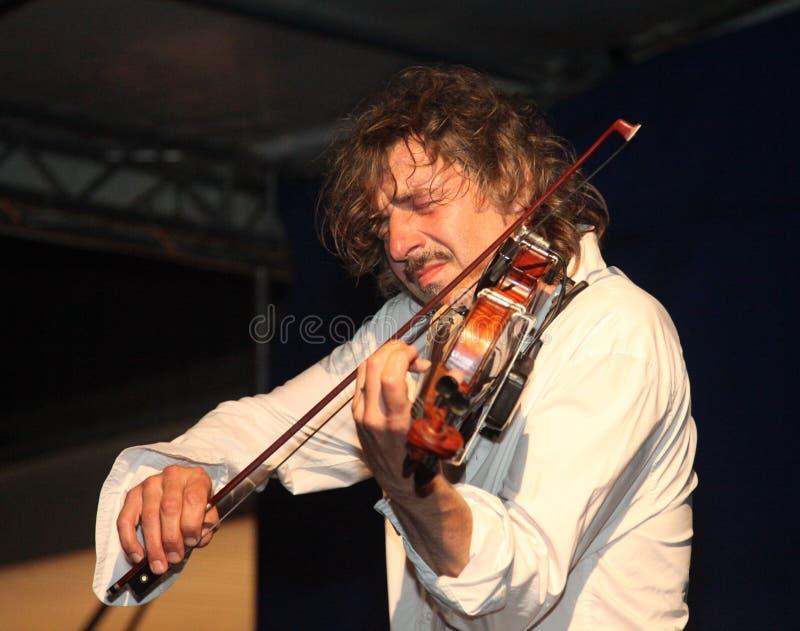 passionerad violonist royaltyfria foton