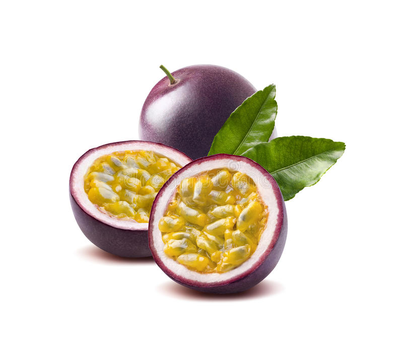 Passionfrukt lämnar passionfruit på vit bakgrund royaltyfri foto