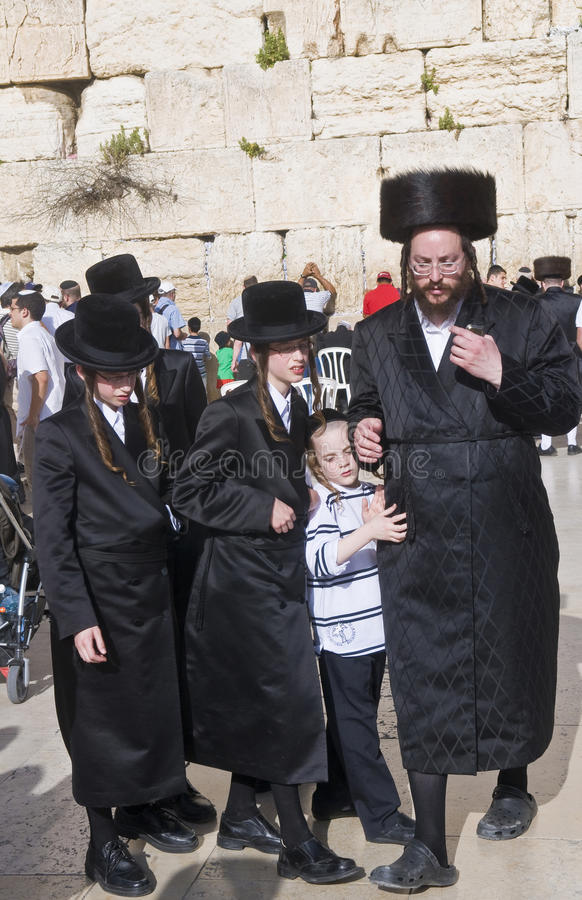 Download Passover In The Western Wall Editorial Stock Image - Image of pesach, history: 25619809
