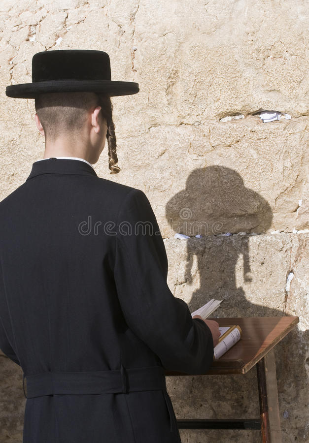 Download Passover In The Western Wall Editorial Stock Image - Image: 25724874