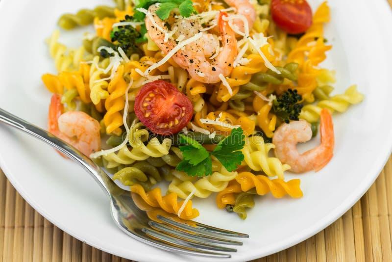 Download Pasta immagine stock. Immagine di alimento, pranzo, salse - 117981343