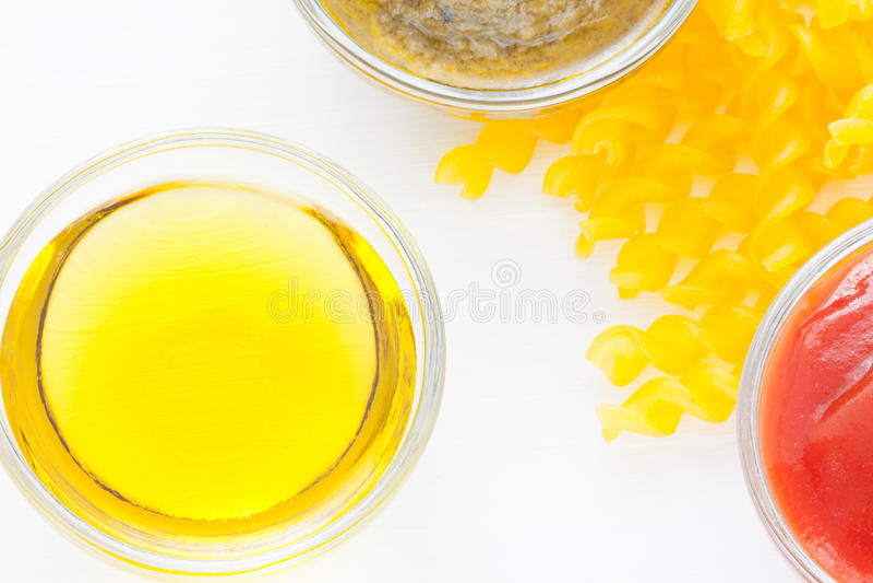 Pasta amarela italiana foto de stock
