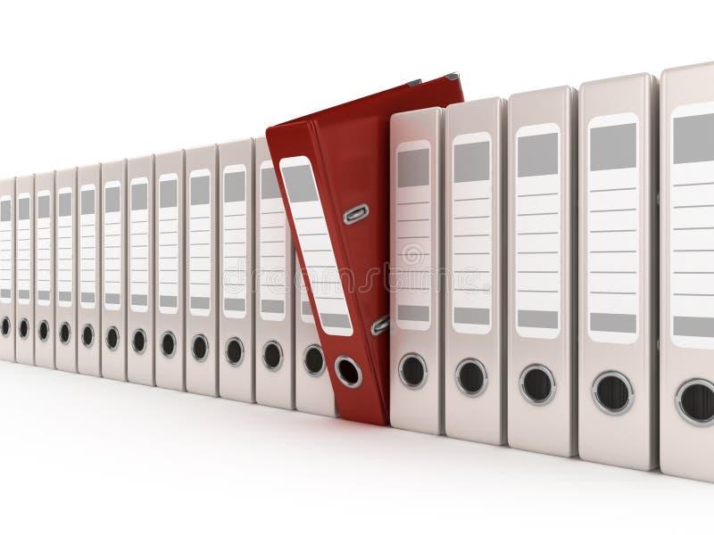 Pasta de anel vermelha que está para fora de uma fileira dos arquivos ilustração stock