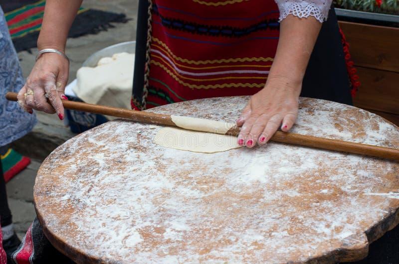 Pasta del balanceo de la mujer imagen de archivo