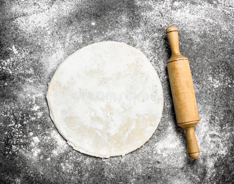 Pasta del desarrollo para la pizza imagen de archivo