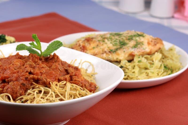 Download Pasta Della Salsa Del Manzo Immagine Stock - Immagine di consumo, alimento: 7301221