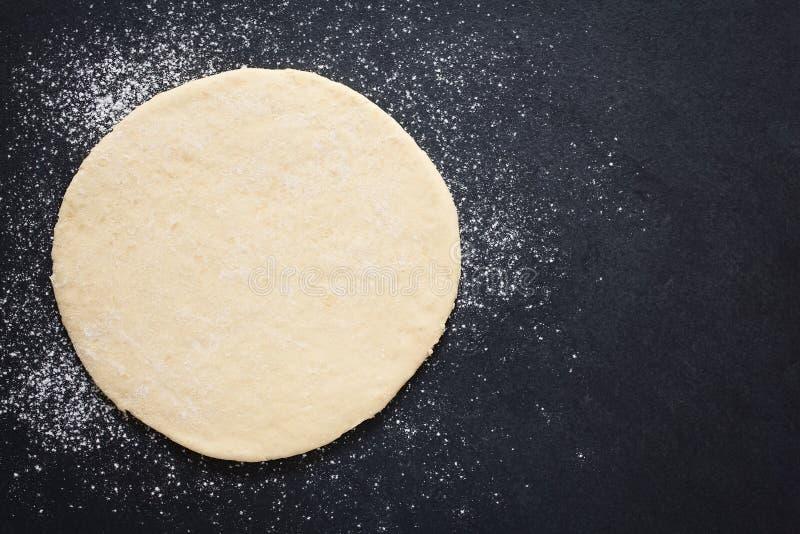 Pasta desarrollada de la pizza foto de archivo libre de regalías