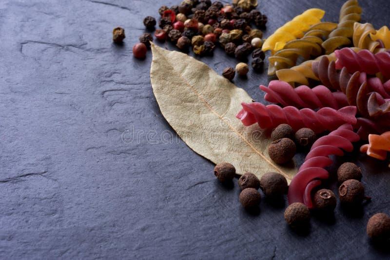 Pasta di Eco e delle spezie dall'Italia fotografie stock