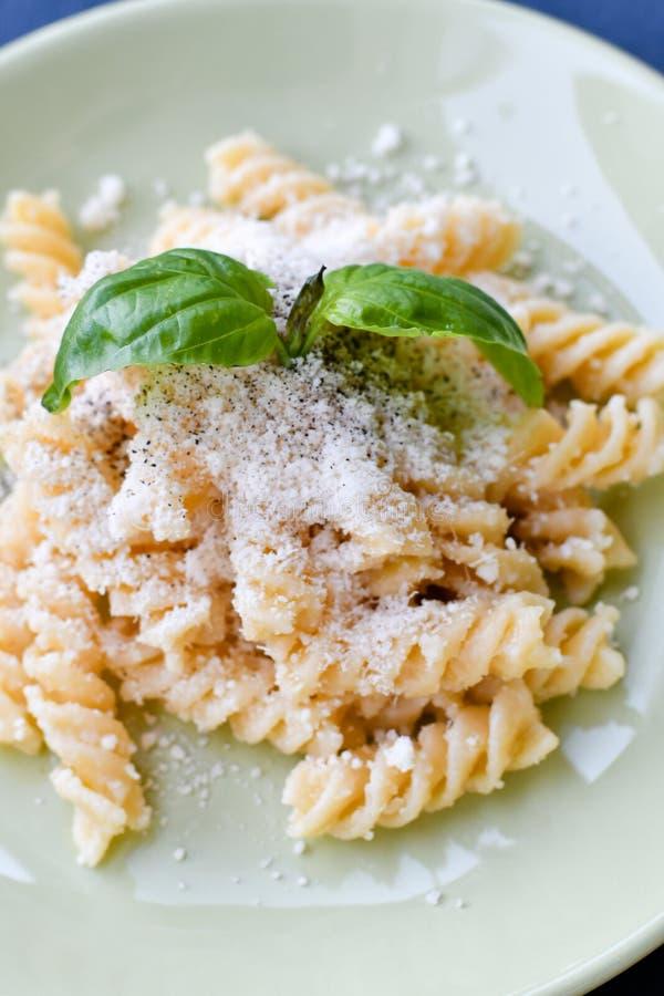 Pasta di Fusilli fotografie stock