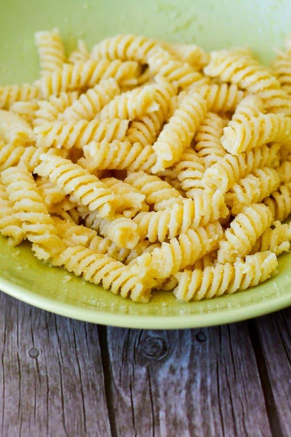 Pasta di Fusilli fotografia stock
