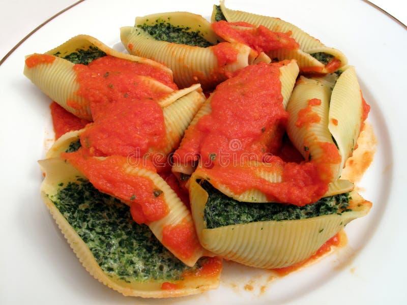 Pasta farcita spinaci fotografia stock libera da diritti
