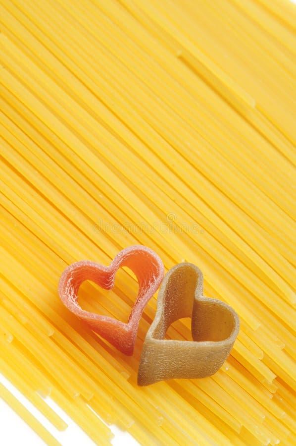 Pasta a forma di del cuore immagine stock
