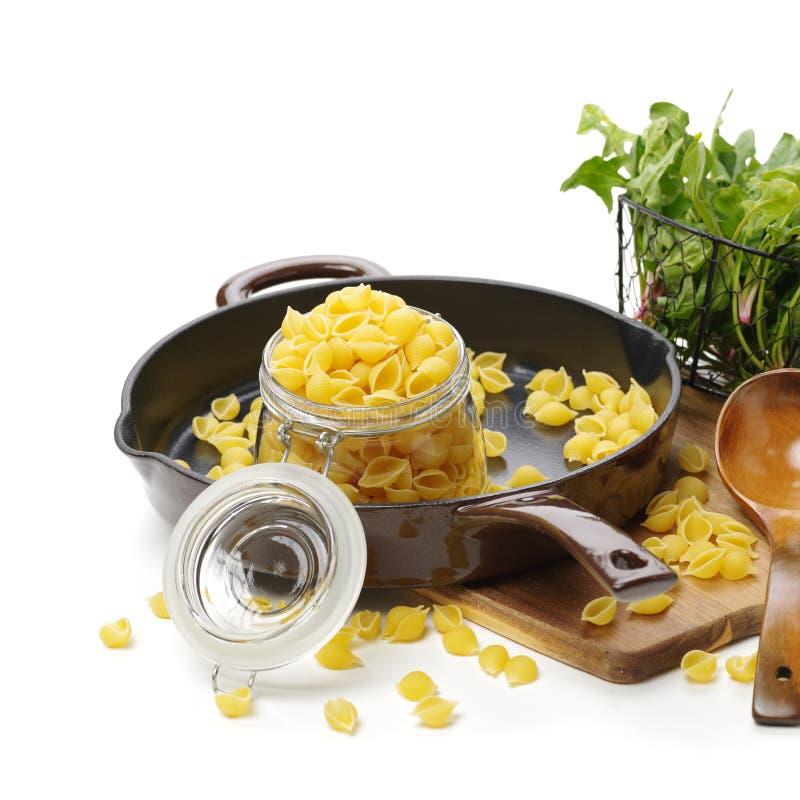 Pasta italiana Gomiti Rigati immagini stock