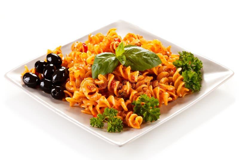 Pasta med grönsaker fotografering för bildbyråer
