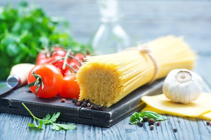 Pasta och tomat royaltyfri bild