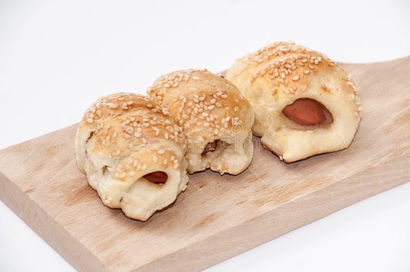 Download Pasta Sfoglia Farcita Con Carne Immagine Stock - Immagine di pasto, spuntino: 55350213