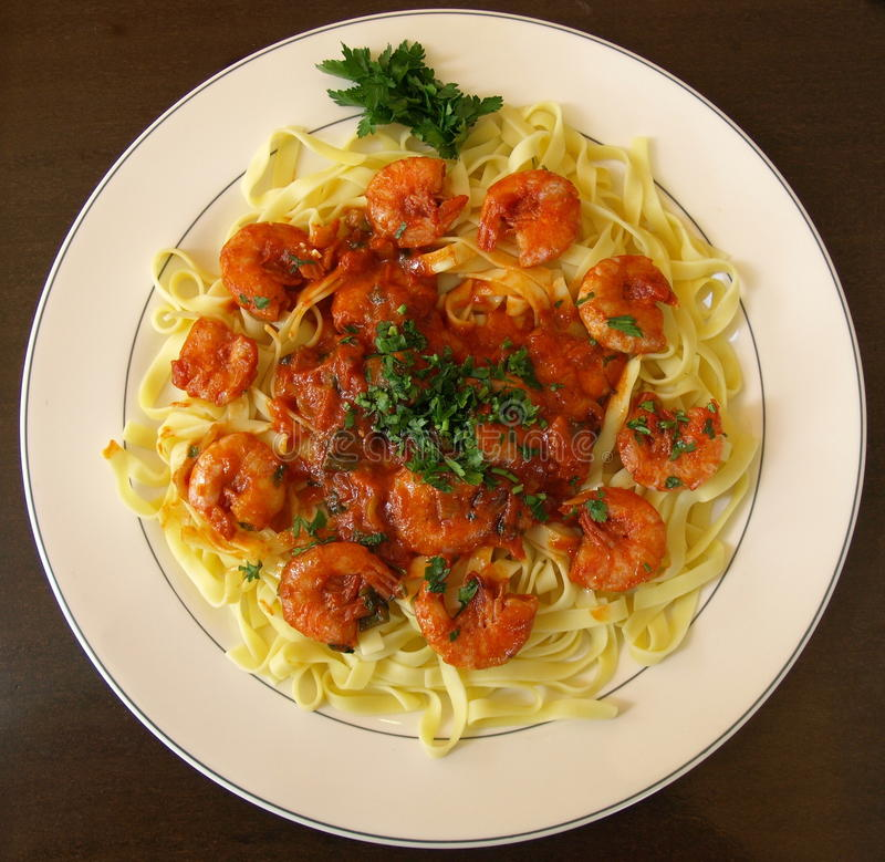 pasta stewed tomater royaltyfri bild