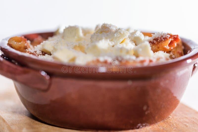 Pastas cocidas cacerola imagen de archivo