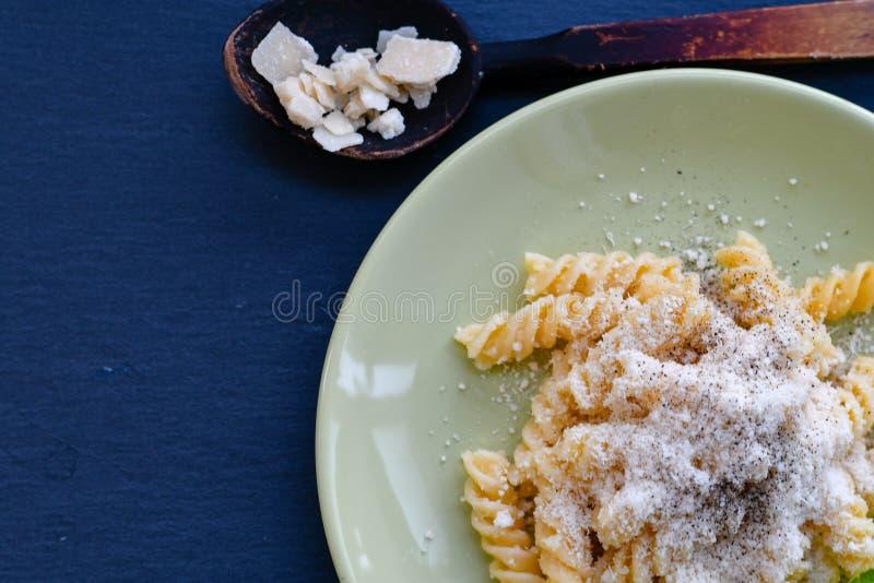 Pastas de Fusilli imagenes de archivo