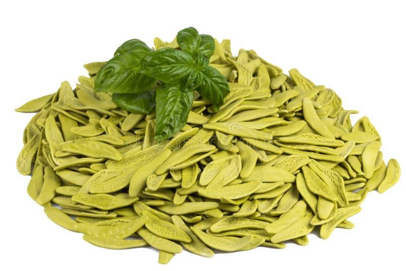 Download Pastas Italianas Con Espinaca Y Albahaca Foto de archivo - Imagen de pastas, gastrónomo: 44855100
